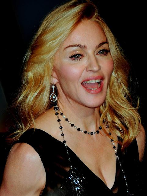 Madonna nude photo shoots Anel Fisher - Benbartlettca