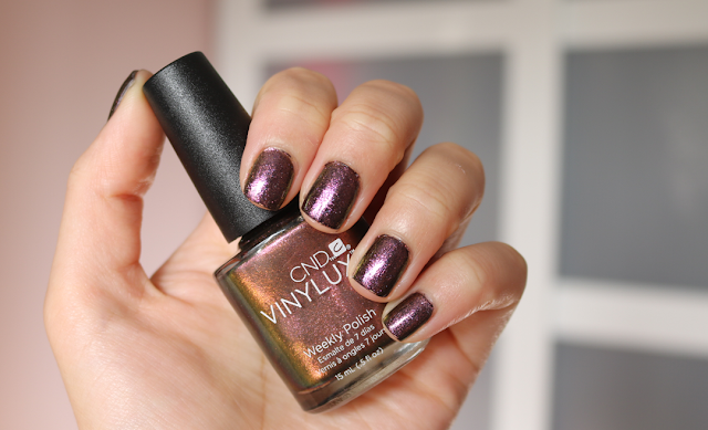 CND Vinylux - Hypnotic Dreams (Nightspell Collection)