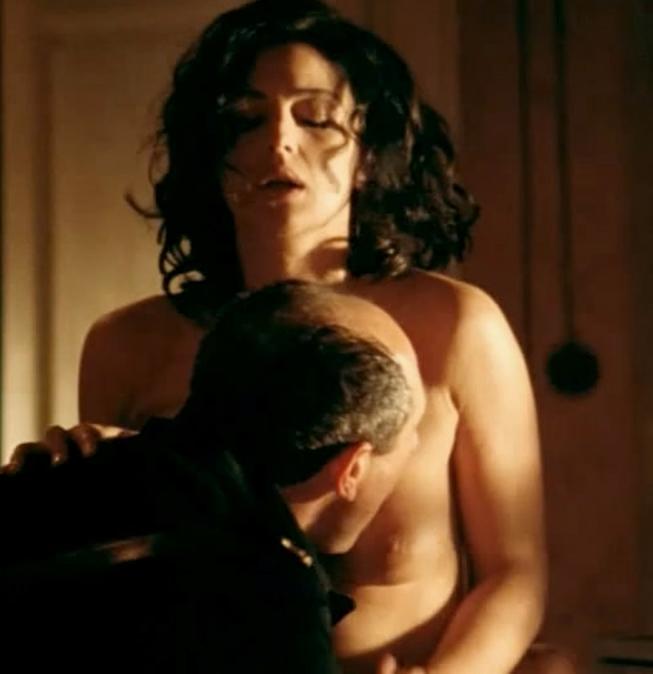 Monica Belucci Nude Pics 77