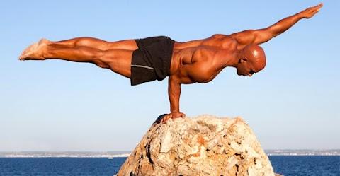 Az egyensúlygyakorlatok azokat az izmokat dolgoztatják meg, amik segítenek a test megtartásában