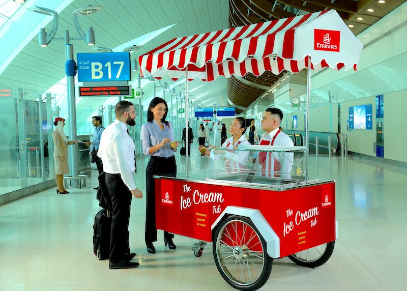 Emirates darmowe lody, Emirates Linie lotnicze, lotnisko Dubai International