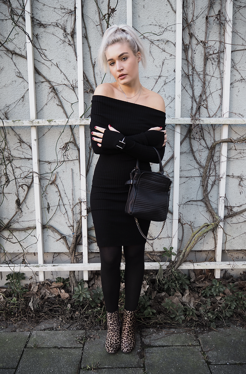 Streetstyle Fashion Blogger Off Shoulder Dress