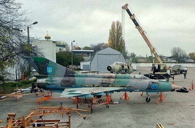 Полтавський авіаційний музей поповнився МіГ-21