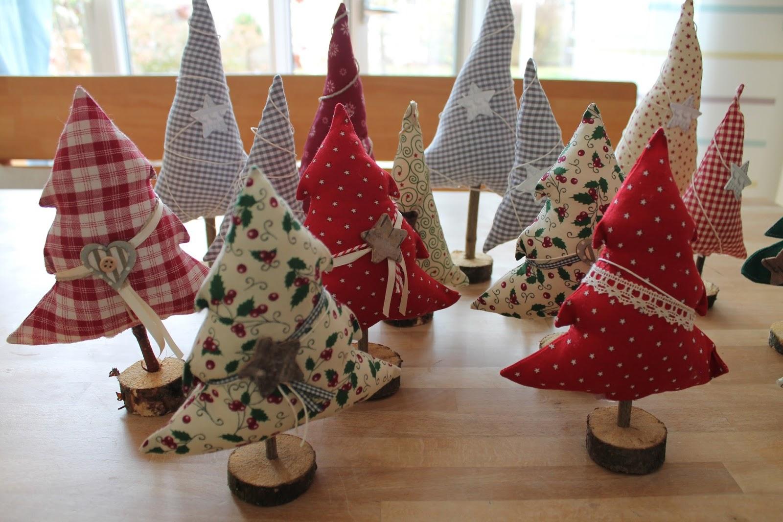 creawolle weihnachtsb ume b ume und tannenb ume. Black Bedroom Furniture Sets. Home Design Ideas