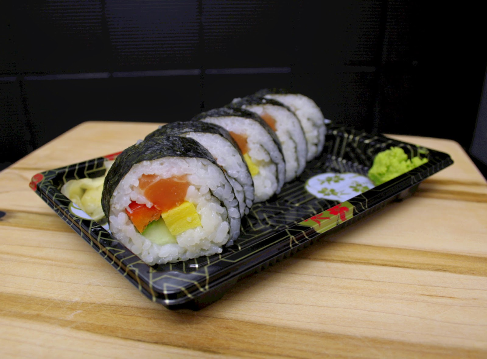 Fresh takeaway salmon filled sushi from Zero juice and sushi in Berkhamsted