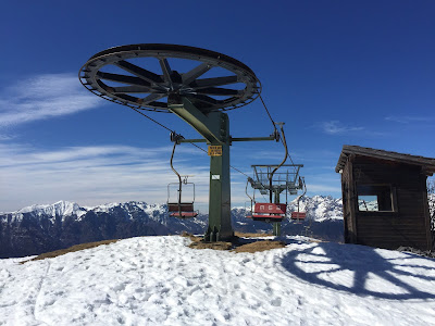 Silent ski lift at Monte Torcola (closed for the day).