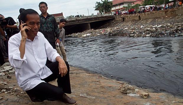 Jokowi: Jangan Persoalan Daerah Dikit-dikit Dibawa ke Saya, Gubernur Kerja Apa?