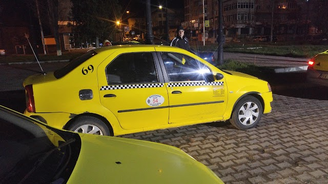 Despre taximetriștii de la Gara Burdujeni. Povestea unui client