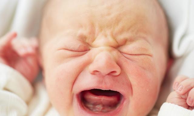 7 Tips Melatih Anak Minum Susu Botol Dengan Jayanya