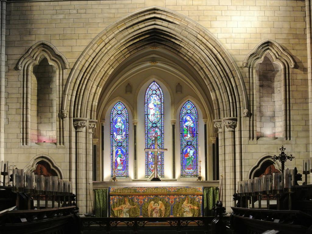 清清的世界旅行圖鑑: 愛爾蘭 都柏林 聖派翠克大教堂 (St. Patrick's Cathedral),營業時間,瓦特福自由行必去旅遊景點,基督教會大教堂 (Christ Church Cathedral)