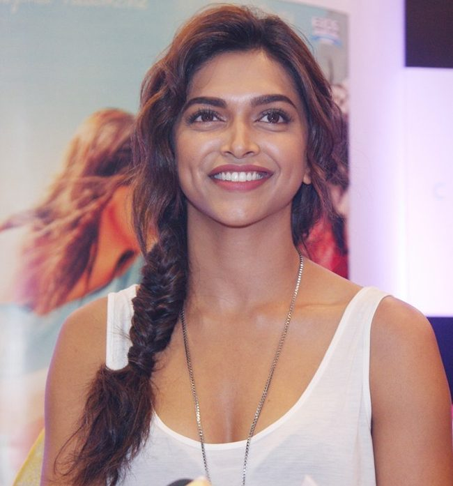 Deepika Padukone in sleeveless tshirt