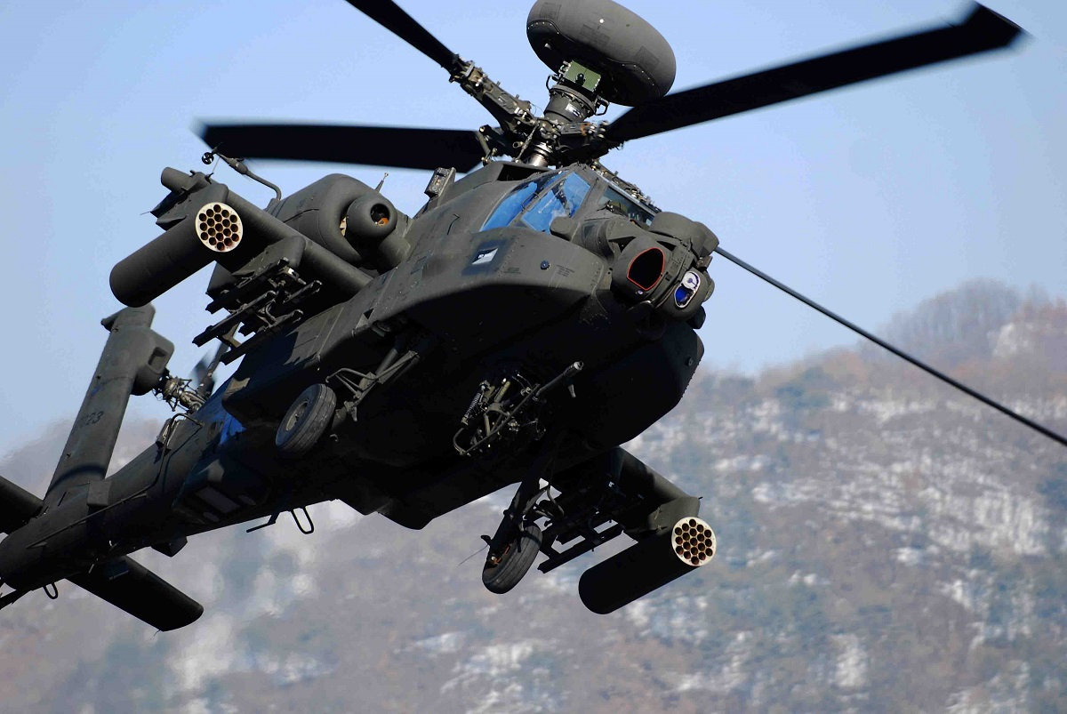 Kathryn's Report: Boeing AH-64 Apache, United States Army: Fatal