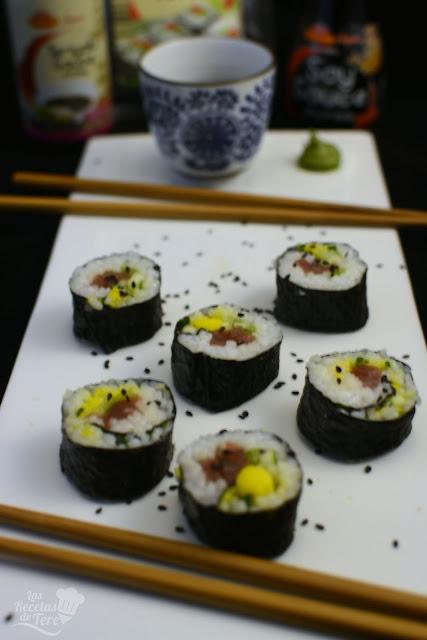 Maki sushi con atún, mango y apio tererecetas 04