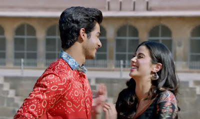 Janhvi Kapoor Beautiful Looks, Images from Dhadak, Janhvi Kapoor Images & Pictures from Dhadak