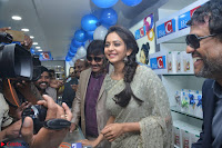 Rakul Preet Singh in a Designer saree at Launch of BIG C Show room at  Kurnool ~ Celebrities Galleries 005.jpg