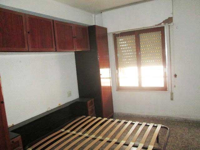 piso en venta calle cirat almazora habitacion