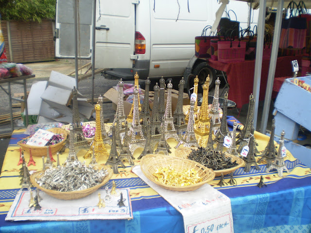 Eiffel towers for sale at a french market