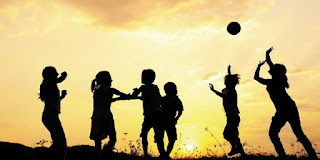 Το κοινωνικό κράτος πρέπει να προστατεύει τα παιδιά και όχι οι ΜΚΟ