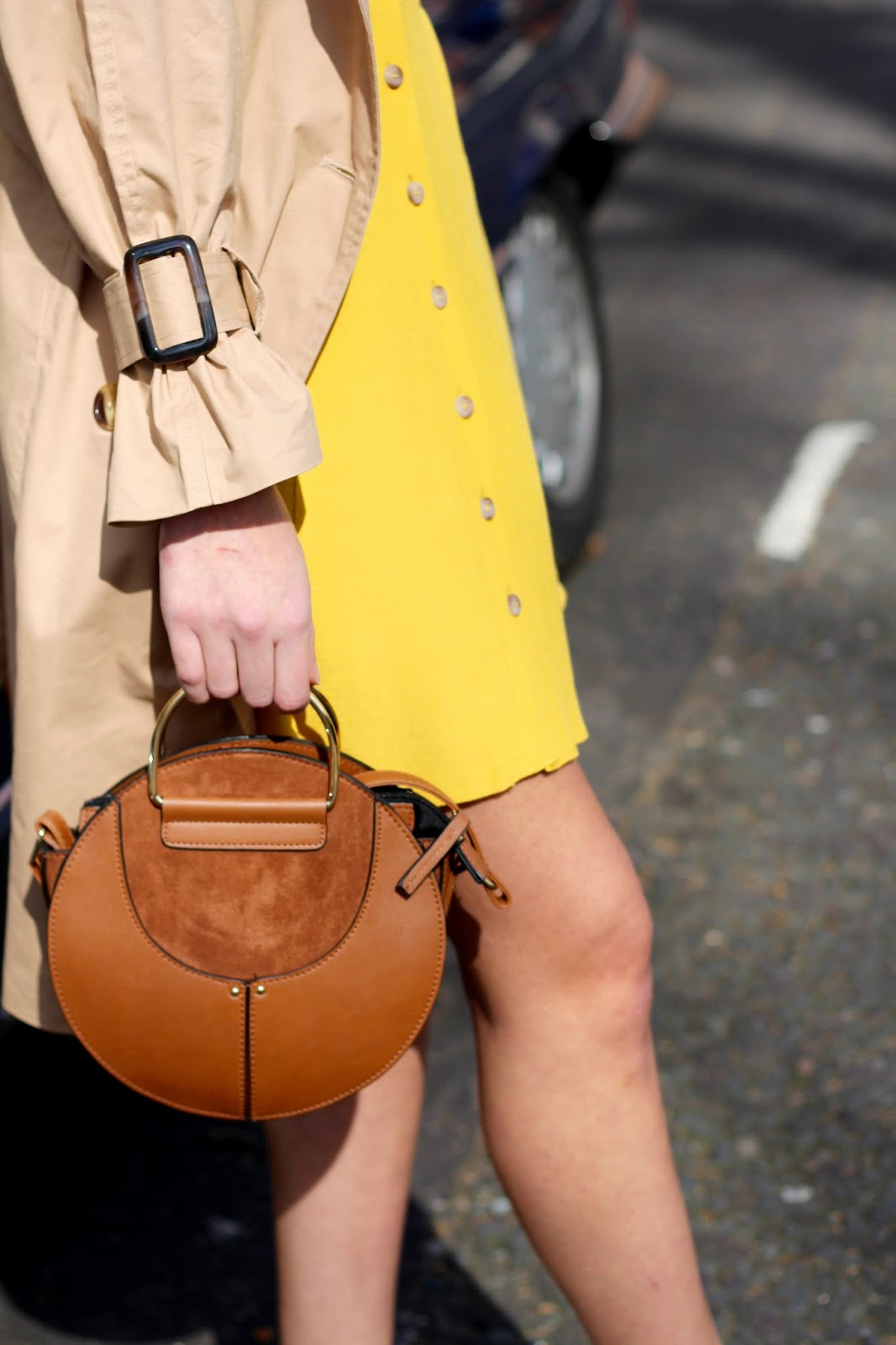 peexo spring style mustard tea dress circle bag