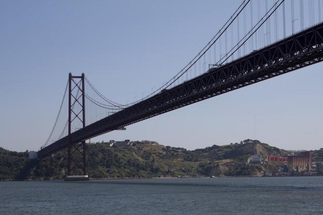 Crociera sul fiume Tejo-Ponte 25 Aprile-Lisbona