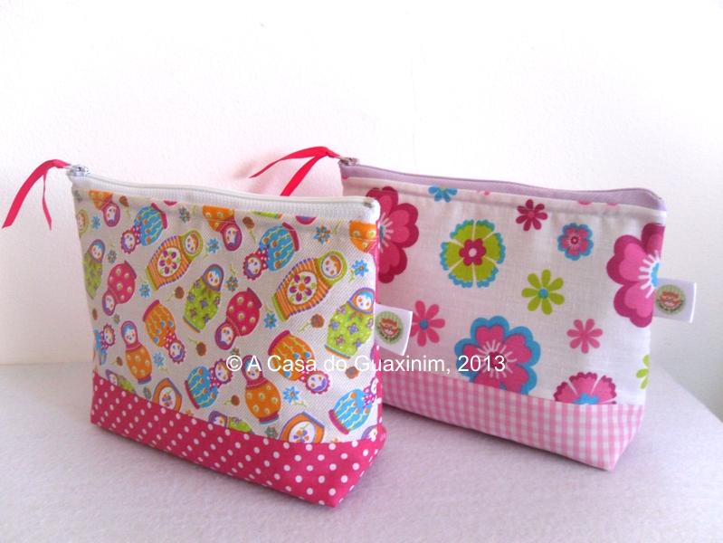 374fabbe5 Bolsas necessaire com tecidos lindos ♥ Encomendas: acasadoguaxinim@gmail.com