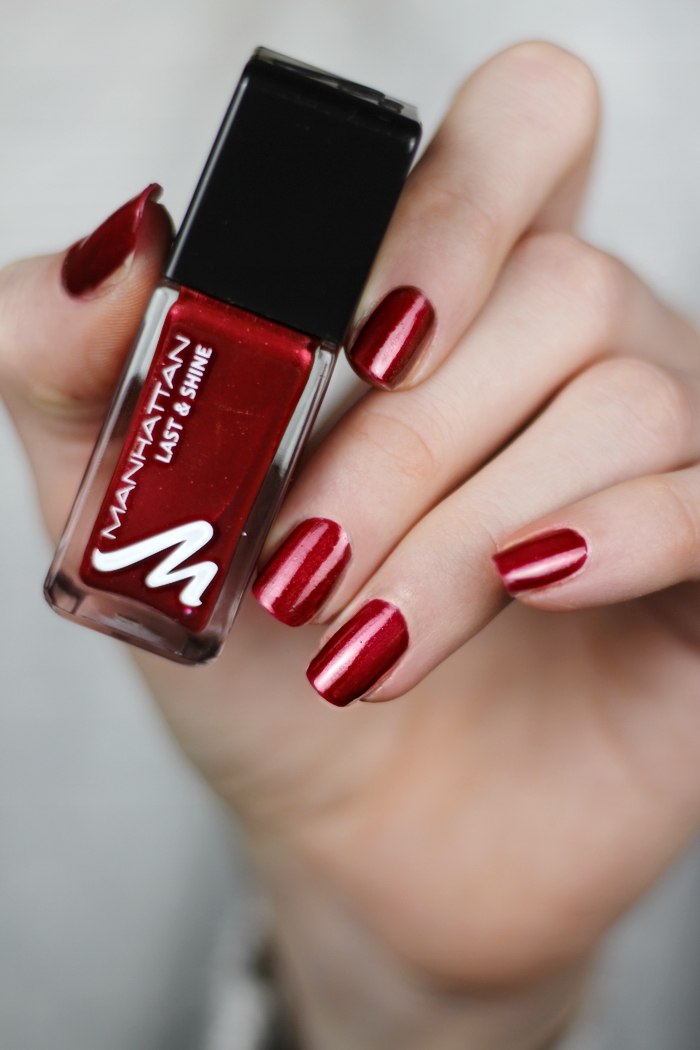 Manhattan Glam Red