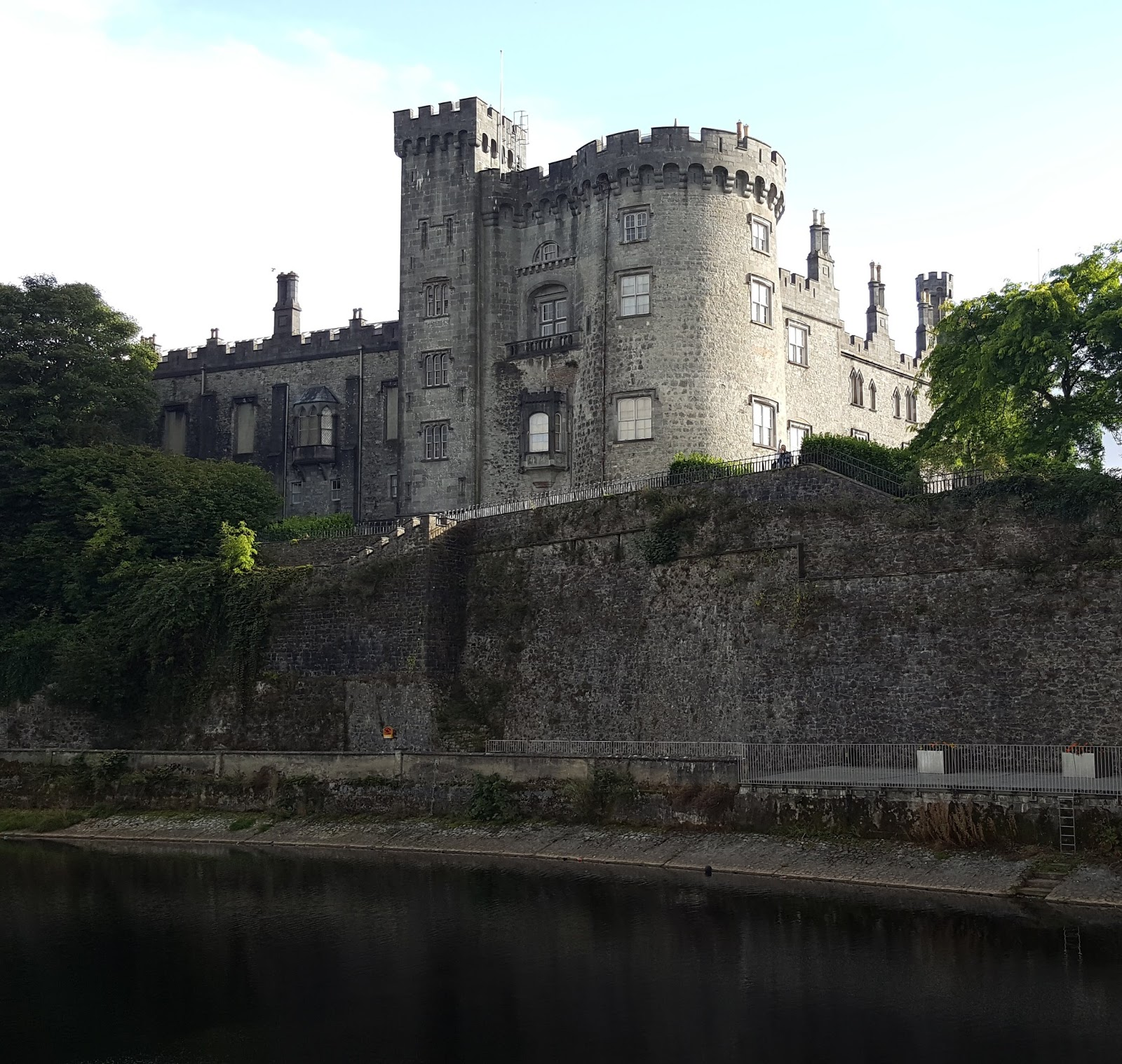 6ad3fc9d766787 Journey's end is Kilkenny, one of my favourite cities in Ireland, if you  can avoid the stag and hen parties. A large part of town is still occupied  by the ...