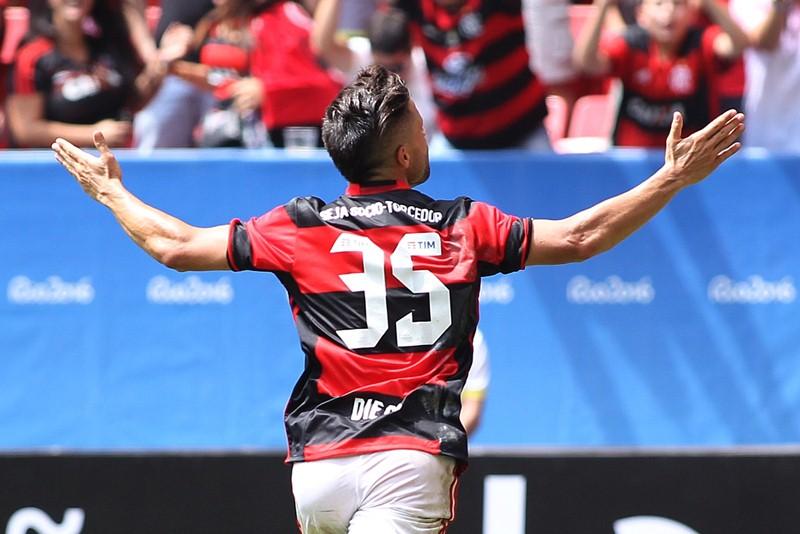 Diego usará a camisa 10 do Flamengo na Sul-Americana.  0a83373fc13af