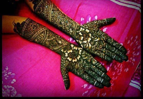 New Mehndi Designs For Girls & Women