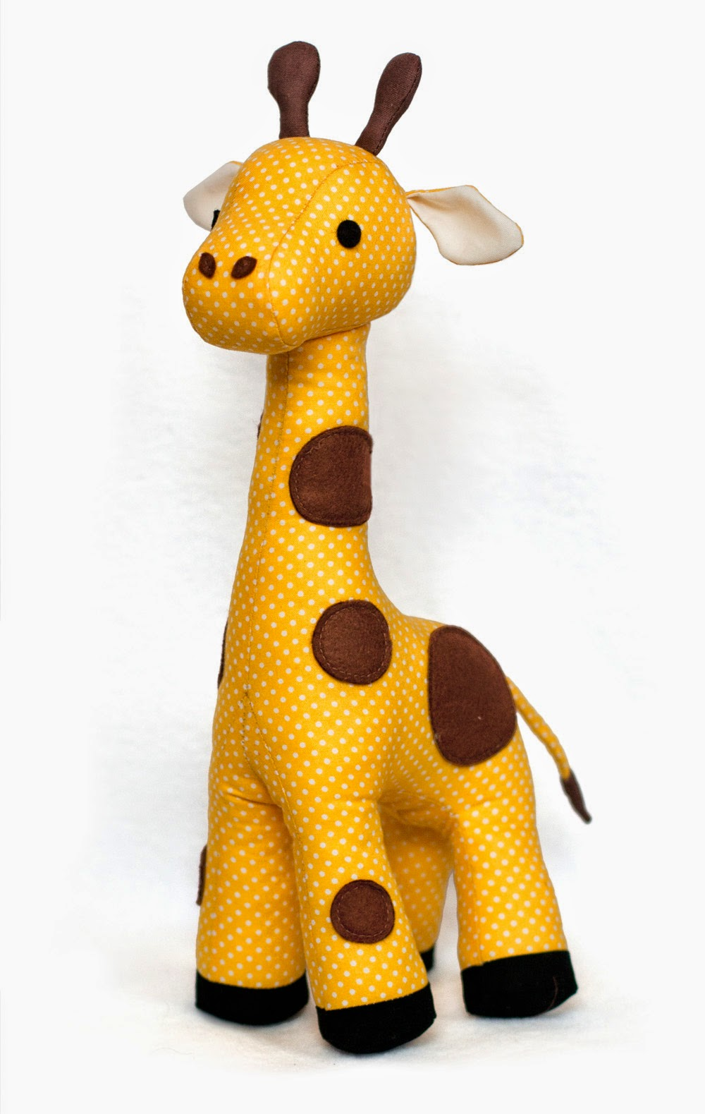 Toy Patterns by DIY Fluffies : Giraffe sewing pattern