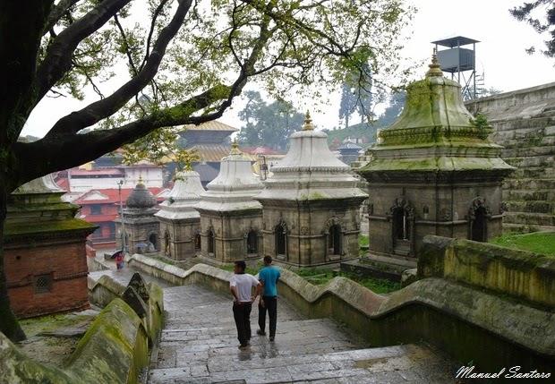Pashupatinath, santuari sulla riva orientale