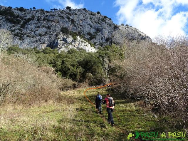 Sierra de Juan Robre: Sendero hacia los Invernales de la Nava