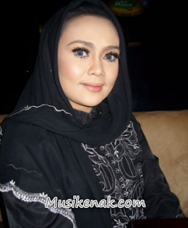 Downloade Kumpulajn Lagu Iyeth Bustami full Album Mp3 Lengkap
