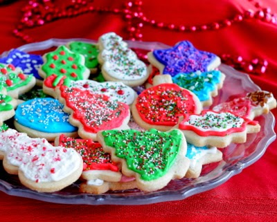 No-Chill Cutout Sugar Cookies, here in Christmas cookies. Just mix and roll, no need to wait for the dough to chill. Easy to handle, great-tasting cookies.