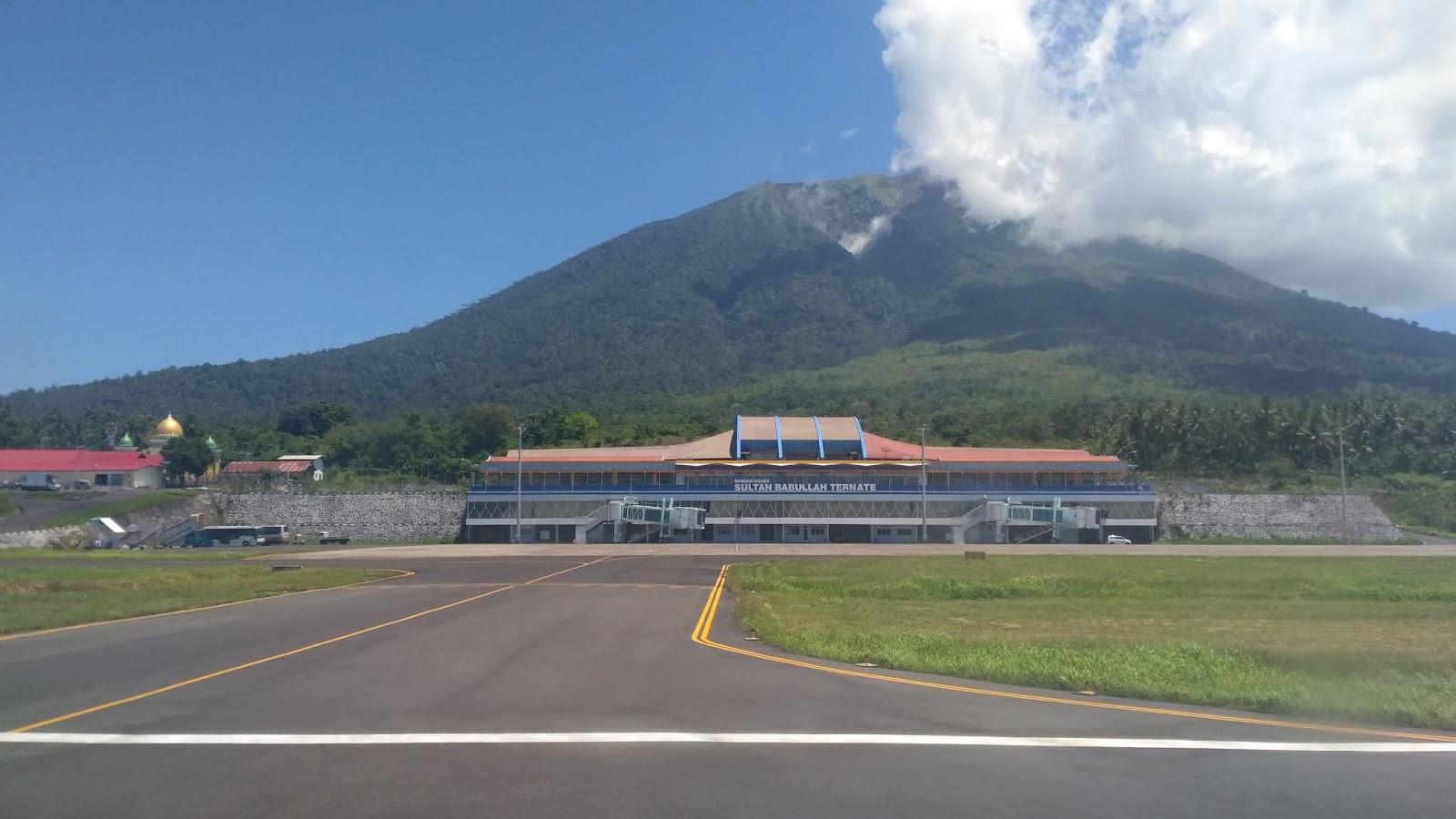 bandara sultan baabullah