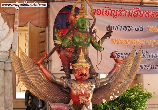 Bangkok gods
