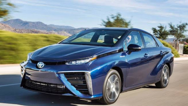 2018 Toyota Mirai Reviews
