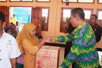 Dinsos Kabupaten Bima Serahkan Bantuan Bagi Pemenuhan Dasar Kebutuhan ODK