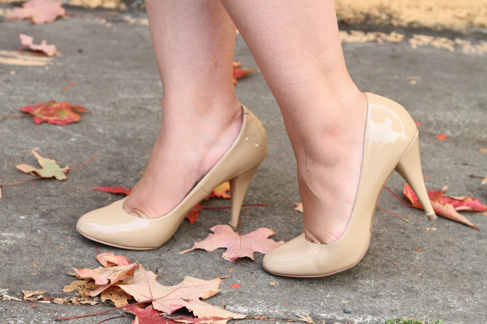 Nude Steve Madden Patent Pumps
