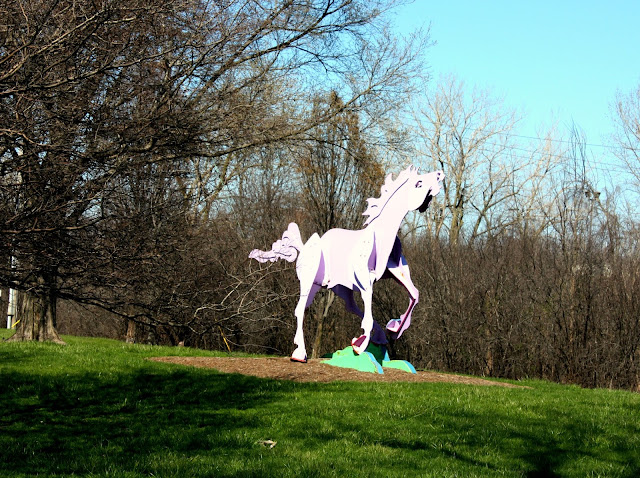 Charger horse sculpture in Skokie