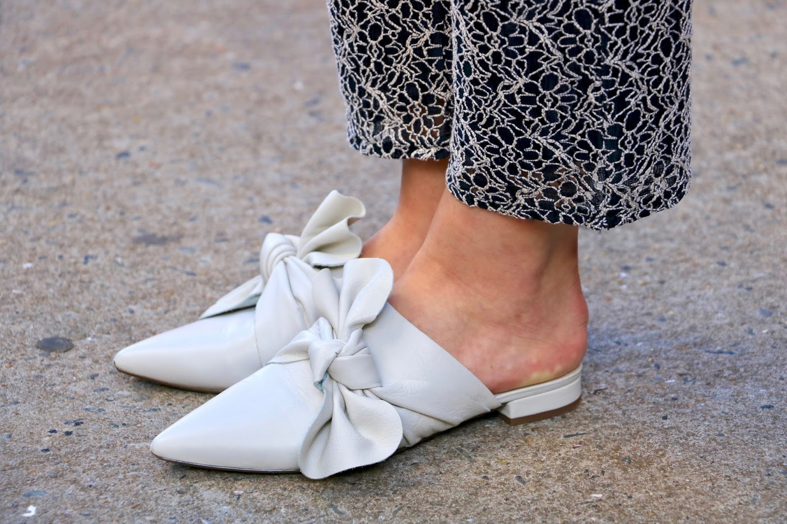 NYC fashion blogger Kathleen Harper wearing pointed-toe slides