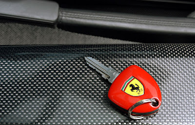 Jccollbox postboard the diamond studde ferrari keys - Car key wallpaper ...