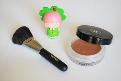 Soleil Tan de Chanel Bronzer ve Chanel 2 Powder/Contour Fircasi