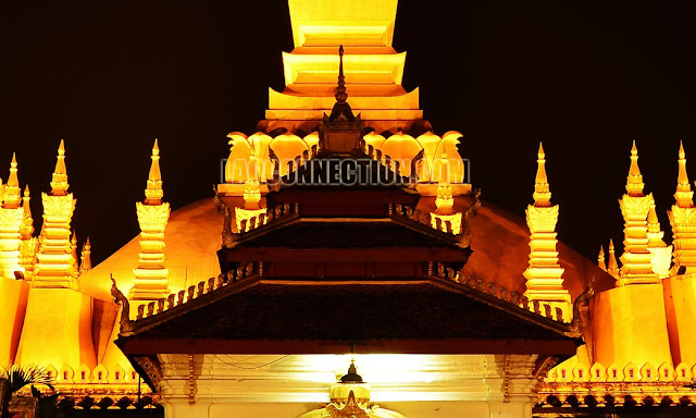 Tat Luang - Up Close at night
