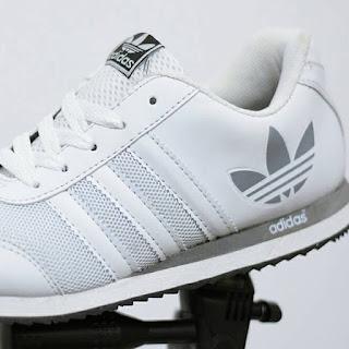 Adidas Neo V Racer