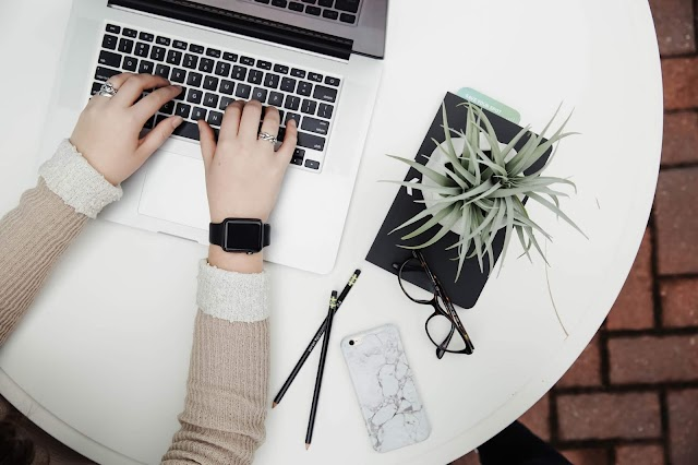 What does the future hold for new bloggers hoping to reach career success in 2019
