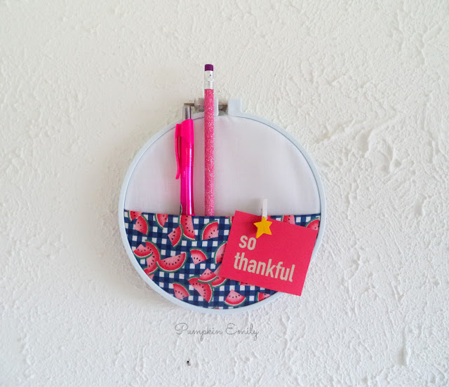 DIY Embroidery Hoop Pocket