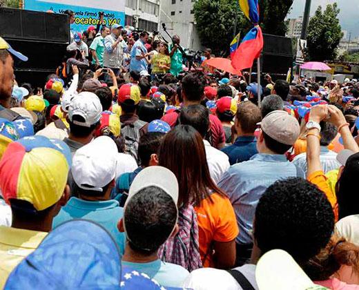 Oposición dialogará con condiciones y presionará en calles para revocatorio