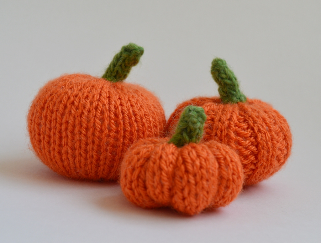 Louise Dawson Design: How To... Three Knitted Pumpkin Patterns