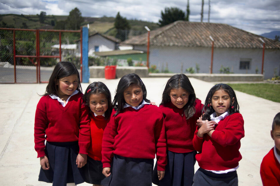 55 Stunning Photographs Of Girls Going To School In Different Countries - Ecuador